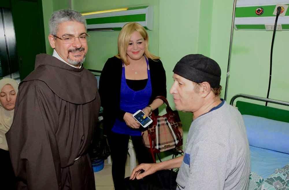 اخر صور فى حياة الراحل سعيد صالح بمستشفى المعادي