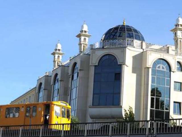 مسجد عمر, ثاني أكبر مسجد في برلين, ألمانيا, كرويتسبيرغ,