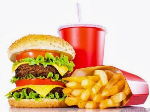 عند تناول الوجبات السريعة... لا تنسَ هذه النصائح حفاظا على صحتك  - junk  Fast-Food-Pictures