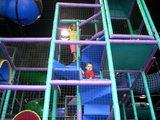 kids playing at Odyssey Fun World