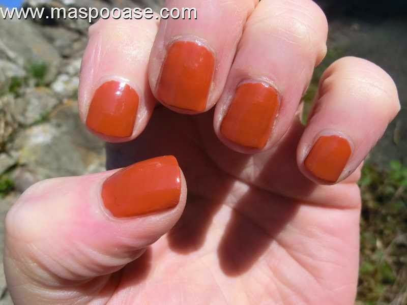 Barry-M-Gelly-Paprika-swatch