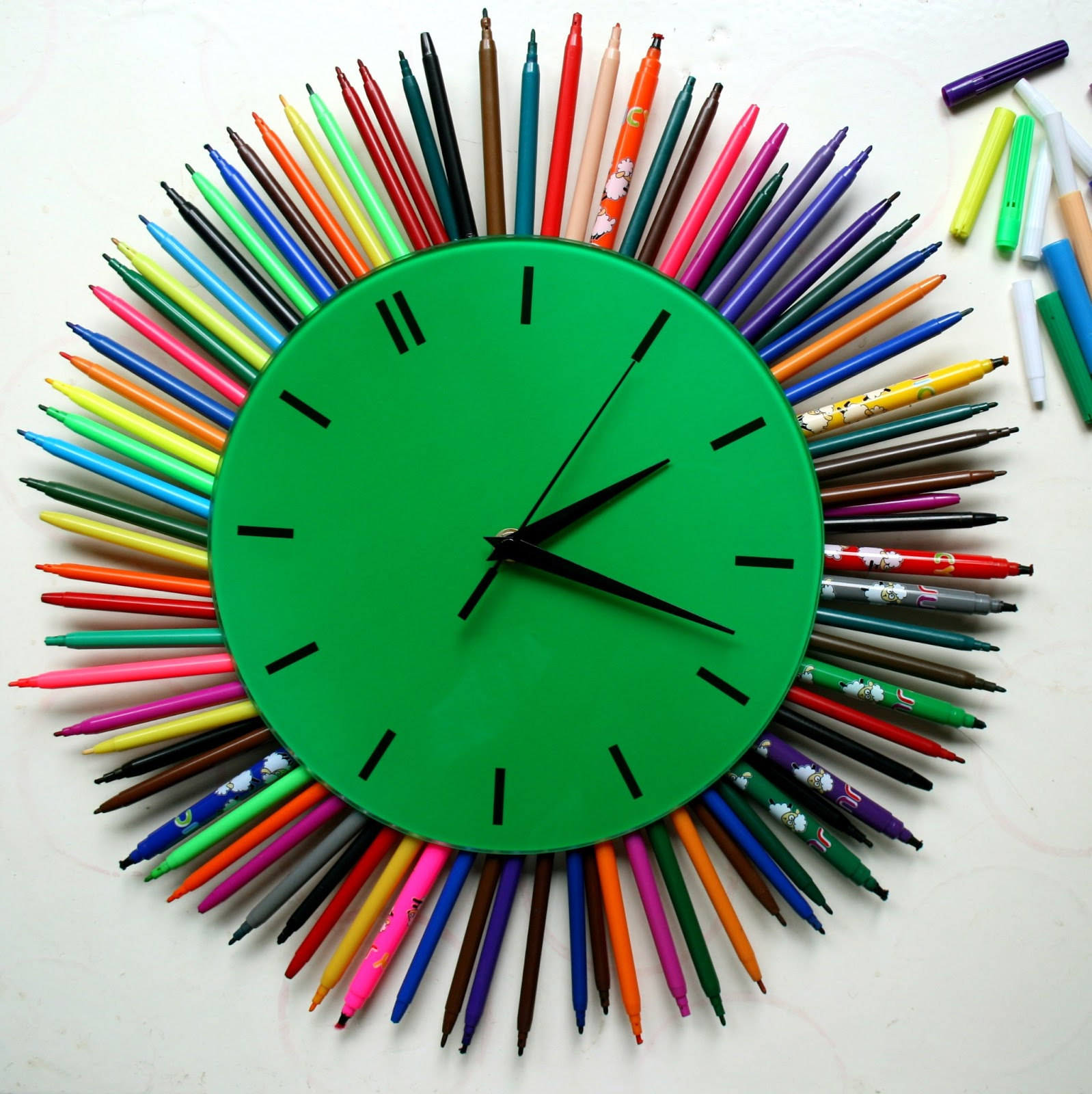 Сделать красивые часы своими руками