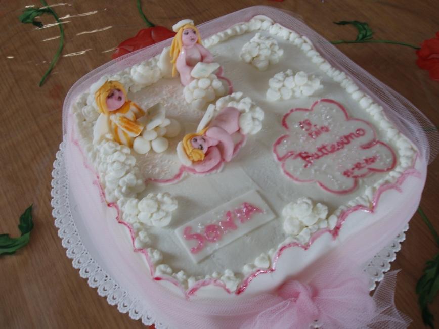 La cucina dei golosi torta con angioletti per una bimba for Piani di fattoria con foto