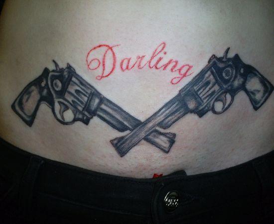 girl tattoo designs dragon gun tattoos on hips. Black Bedroom Furniture Sets. Home Design Ideas