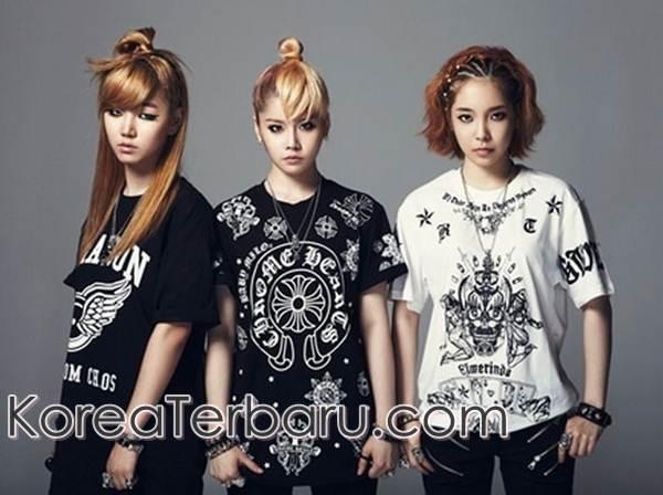 Girlband D-Unit