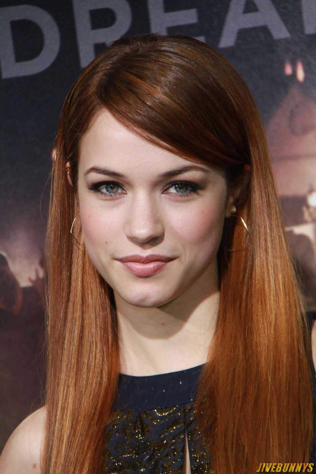 Alexis Knapp Hot Actress Photos Gallery 1 Abbie Cornish Ryan