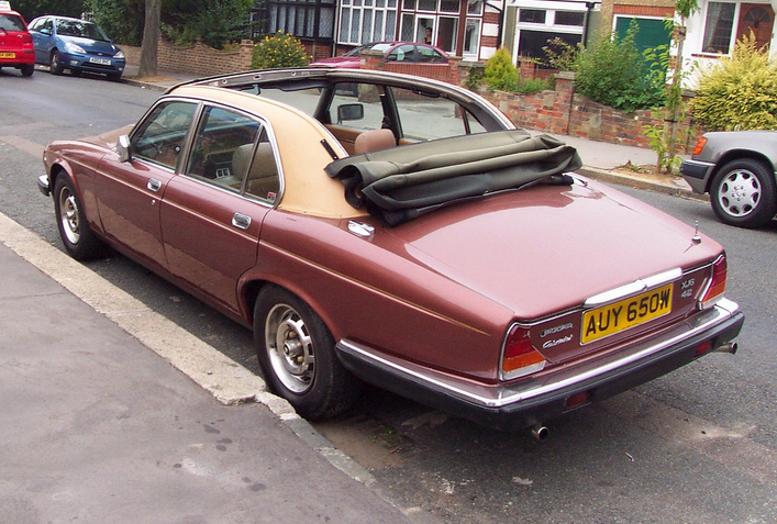 Baurspotting  Jaguar XJ6 With a Baur Type Roof