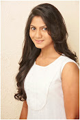 Shruti reddy sizzling photos gallery-thumbnail-19