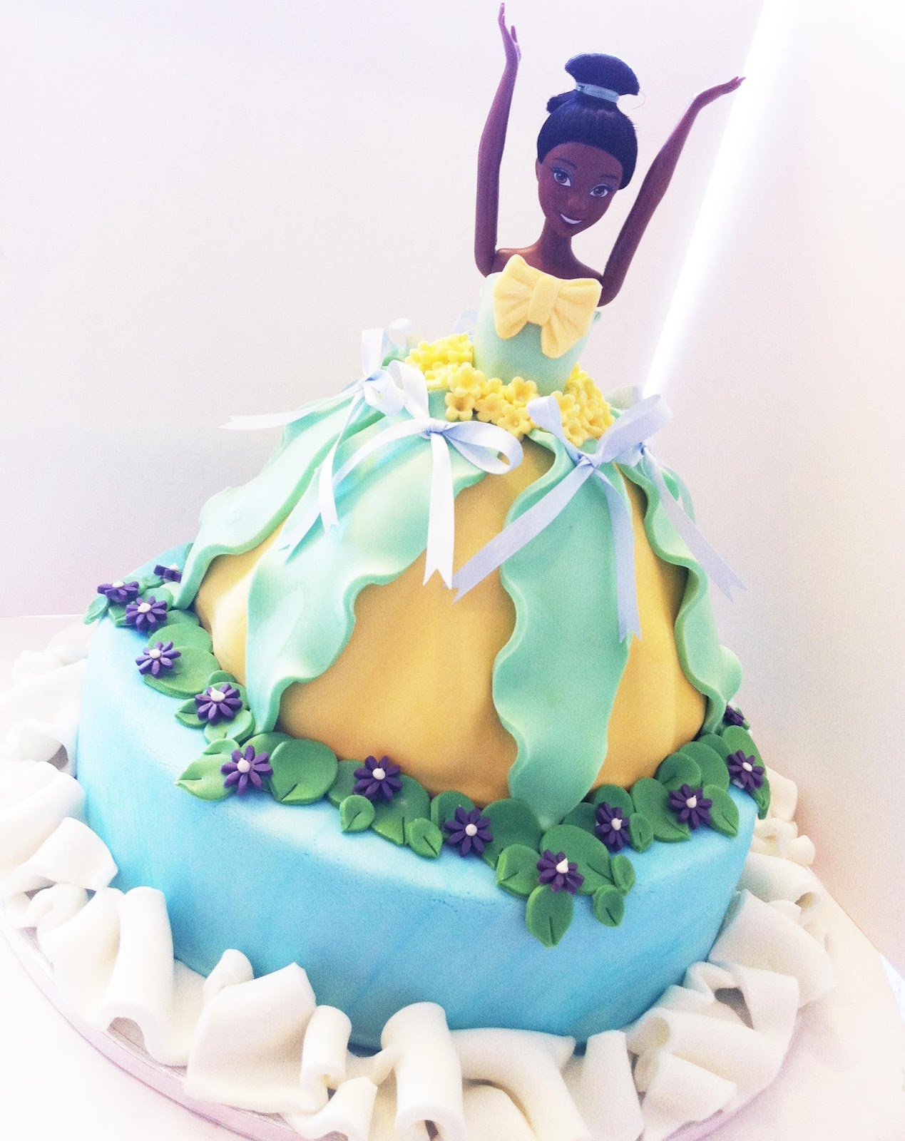 Iced Out Company Cakes Princess Tiana Princess The Frog Cake