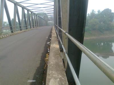 jembatan kecamatan muara kelingi kabupaten musi rawas