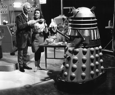 English actor Peter Cushing, Jill Curzon and a Dalek on the set of the BBC drama 'Dr Who'. (Photo by Evening Standard/Getty Images)