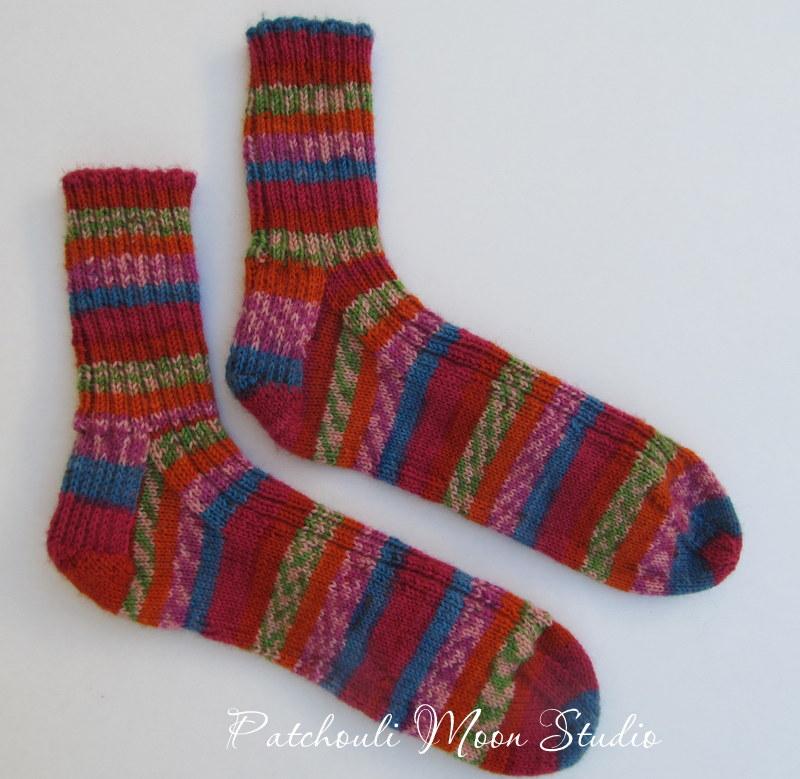 Knit Pattern For Moon Socks : Patchouli Moon Studio: Hand Knit Socks in a Self-Striping Yarn