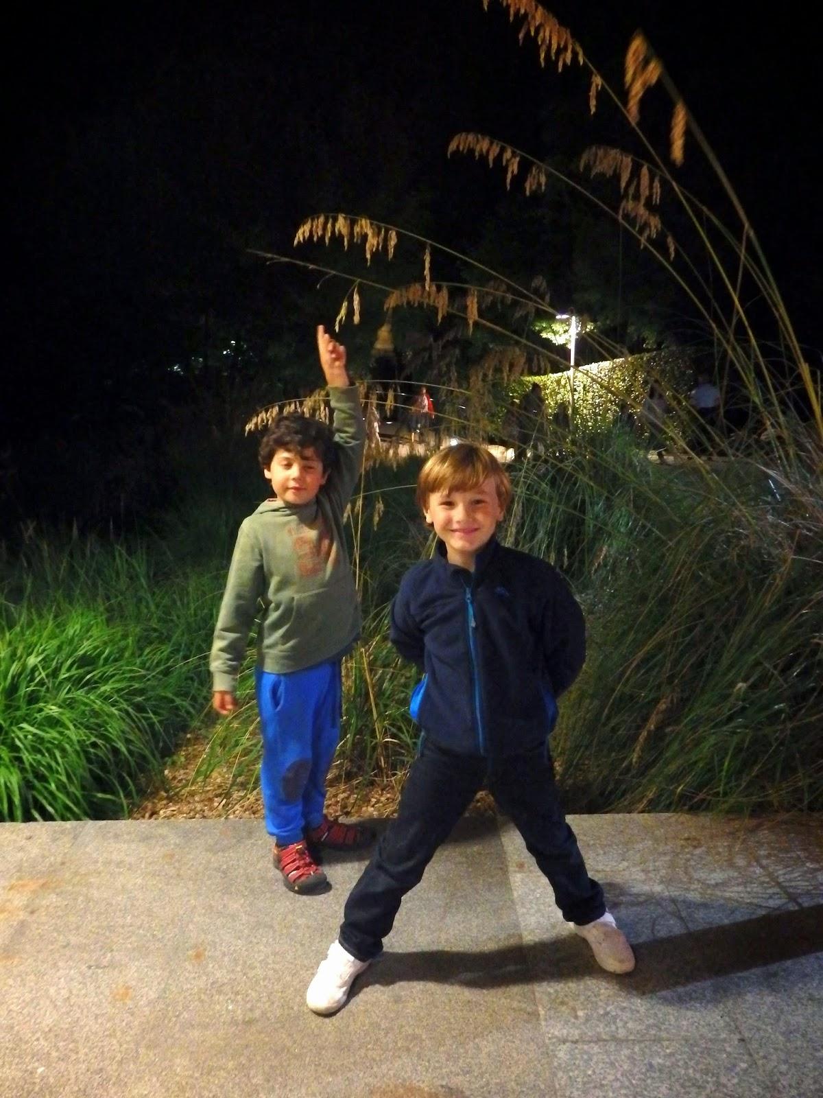 Asturias con niños: NOCTURNIA de nuevo en Gijón (... y un sorteo!)