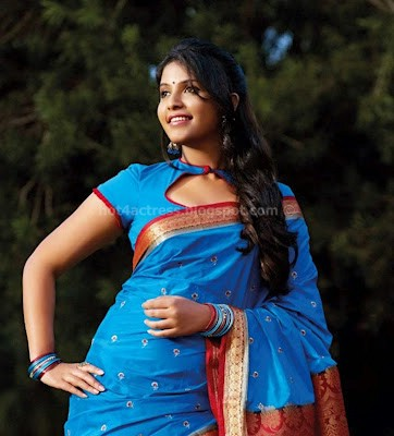 Tamil actress anjali latest photo gallery