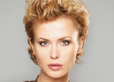 korte kapsels dames rond gezicht - Hoe kies je een kapsel dat bij je gezicht en haar past