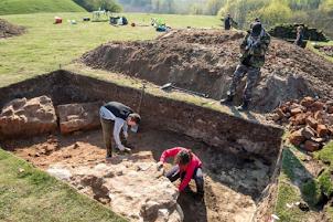 Un château médiéval Teutonique découvert en Pologne
