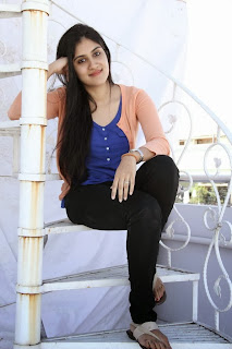 Dhanya Balakrishna Latest Picture Gallery in Black Tight Jeans ~ Celebs Next