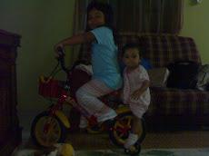 23.07.2010 Genap 10 bulan:Dah boleh jalan