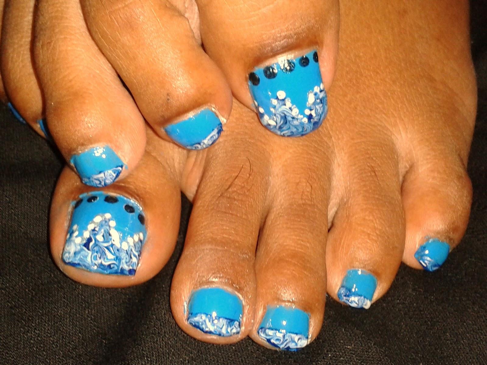 Shalu\'s Scribbles: Nail Art : Blue Marbling Taped Tip