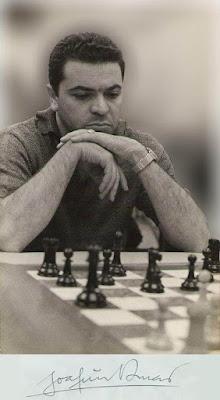 Joaquim Manuel Durão en 1966 en La Habana y su firma