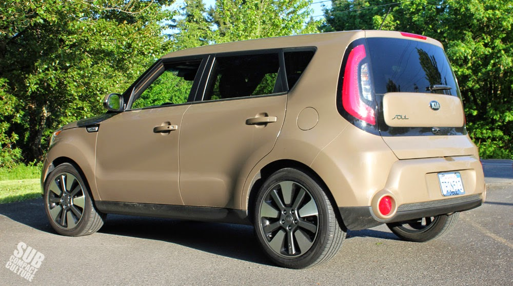 2014 Kia Soul Exclaim rear quarter
