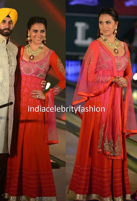 Lara dutta in Floor length Salwar kameez