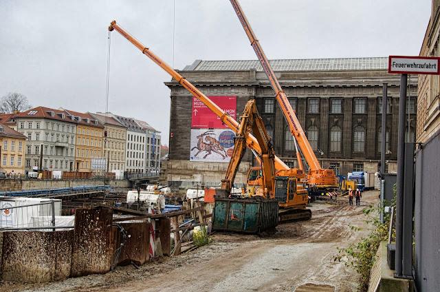 Baustelle Empfangsgebäude für die Museumsinsel, Pergamon Museum, Am Kupfergraben, Bodestraße 1-3, 10178 Berlin, 10.12.2013