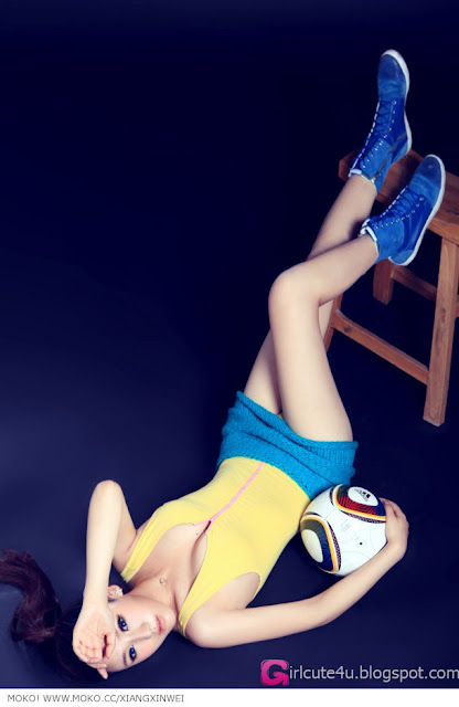 2 To Xinwei - Football Baby-very cute asian girl-girlcute4u.blogspot.com