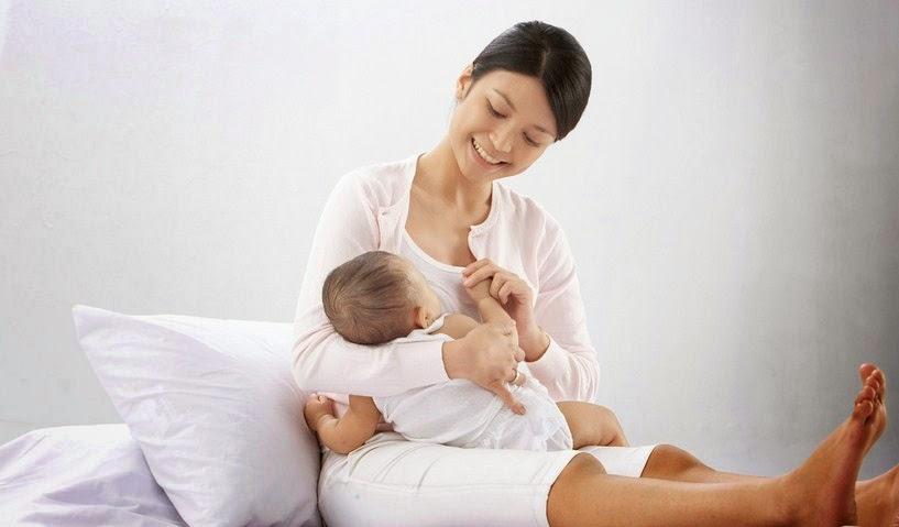 seorang perempuan gres saja melahirkan maka salah satu organ badan perempuan tersebut secara ot Manfaat ASI (Air Susu Ibu)