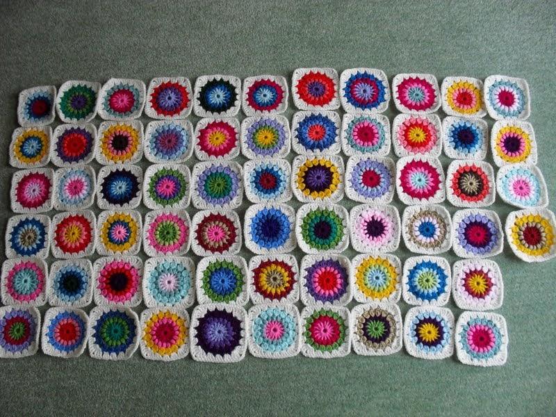 Starburst Flower Crochet Blanket Pattern : Second Hand Susie: Crochet Update. Mollie Makes Starburst ...