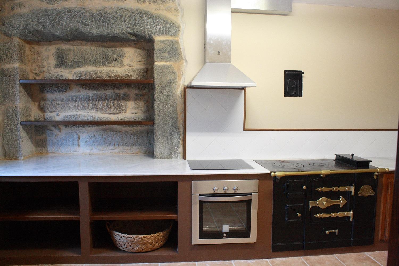Construcciones r sticas gallegas era una cuadra - Cocinas de obra rusticas ...