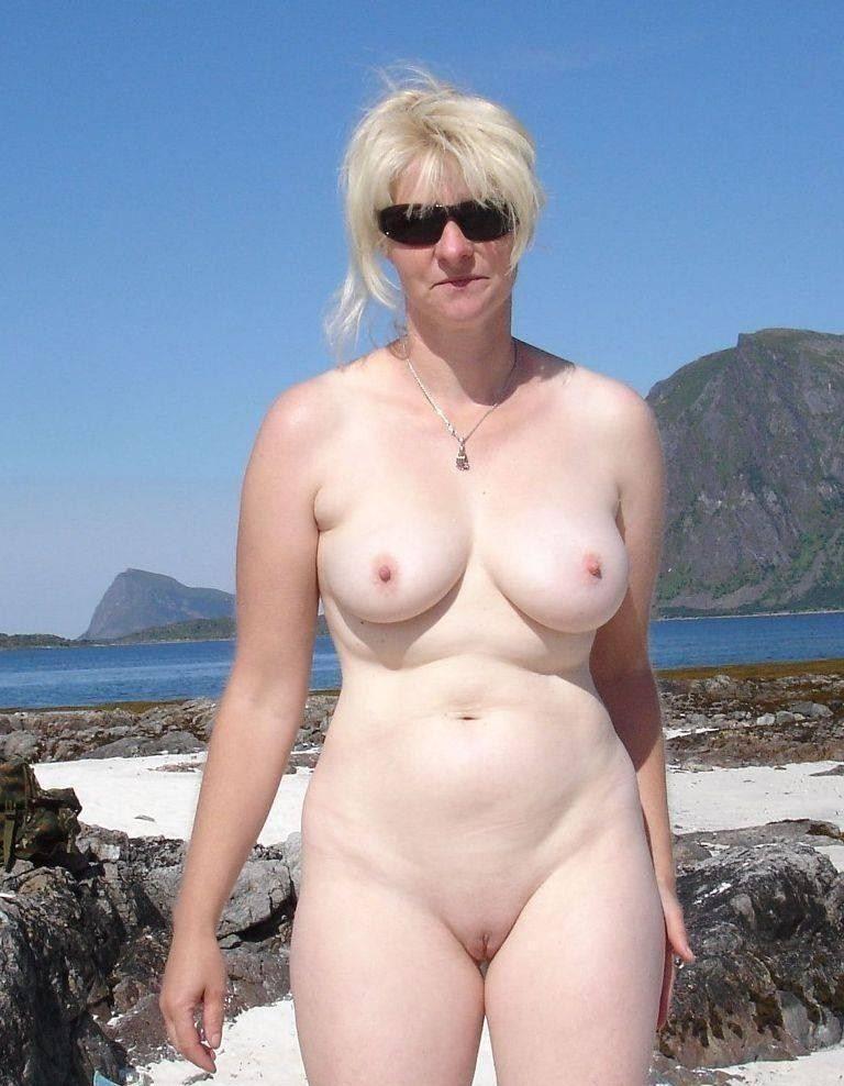naked chinese innocent girl