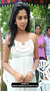 Amala Paul in sleeveless gown