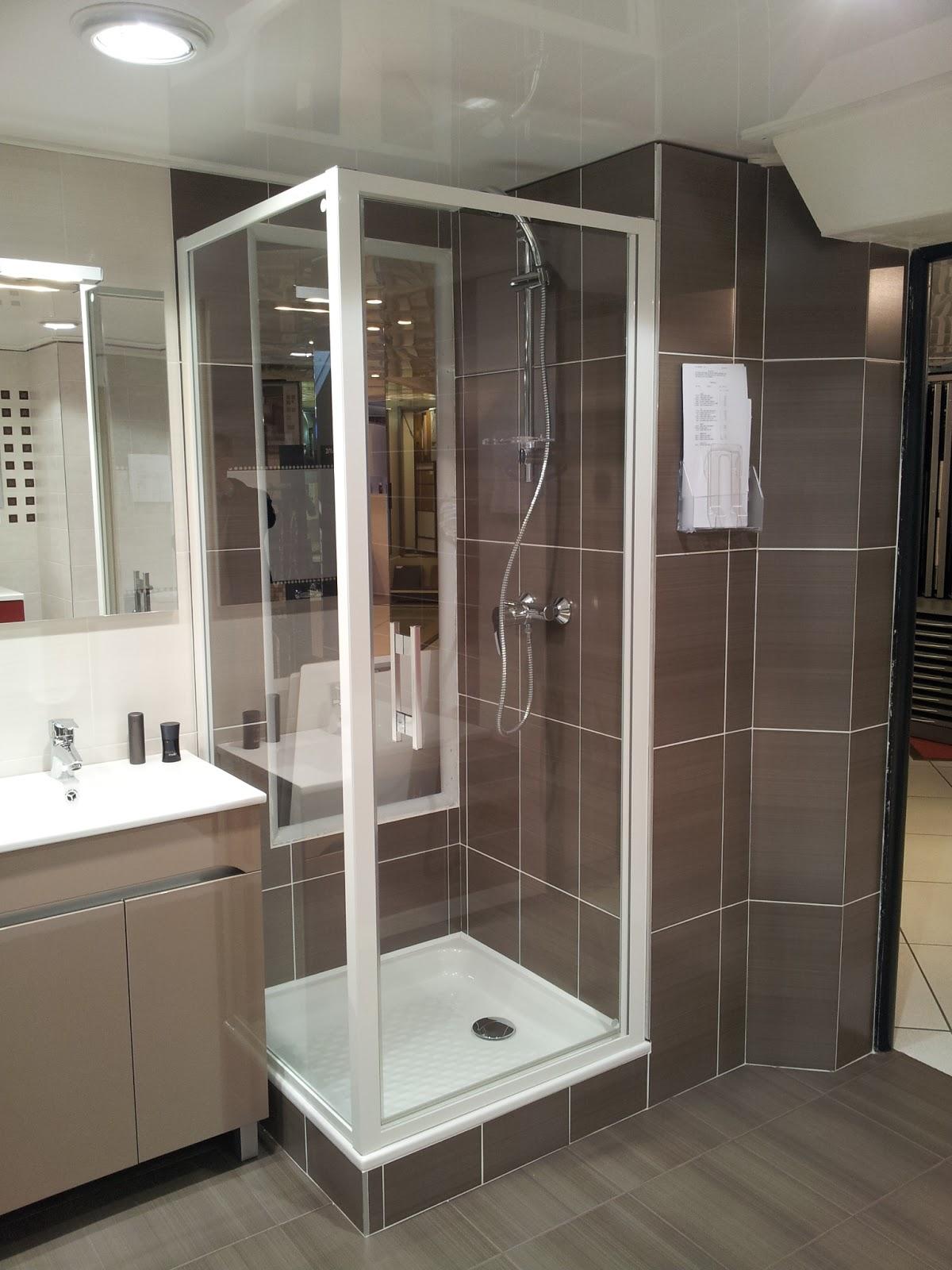 Tradimaisons construit ma maison malintrat puy de d me la salle de bain - Chauffer salle de bain ...