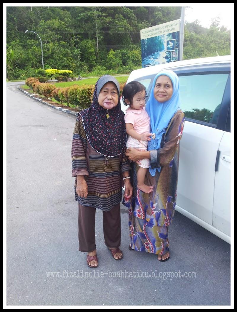 Alia Dan Neneknya