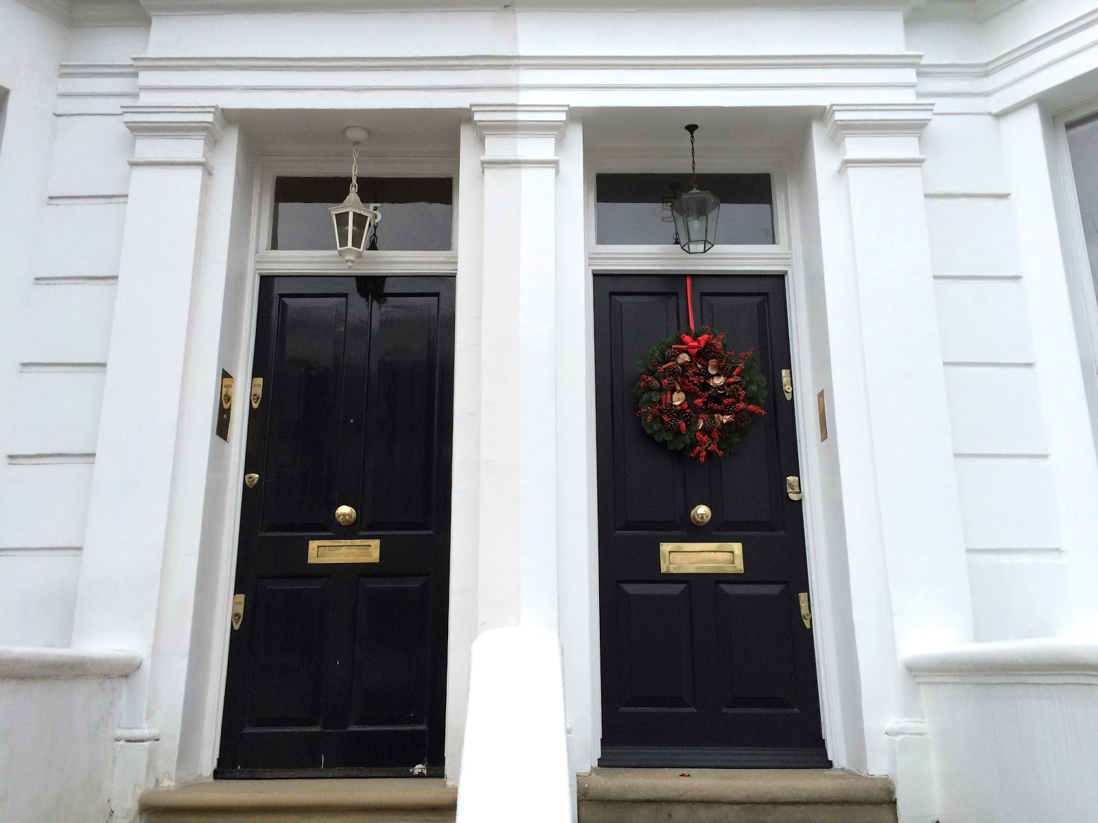 London christmas wreaths