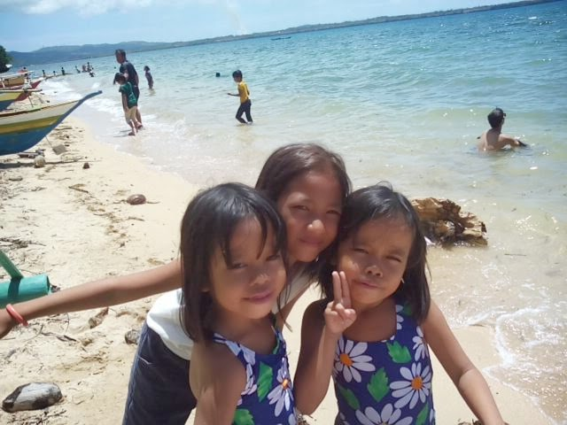Mactang Historical Beach, Poro, Camotes, Cebu - Girls Posing at the beach