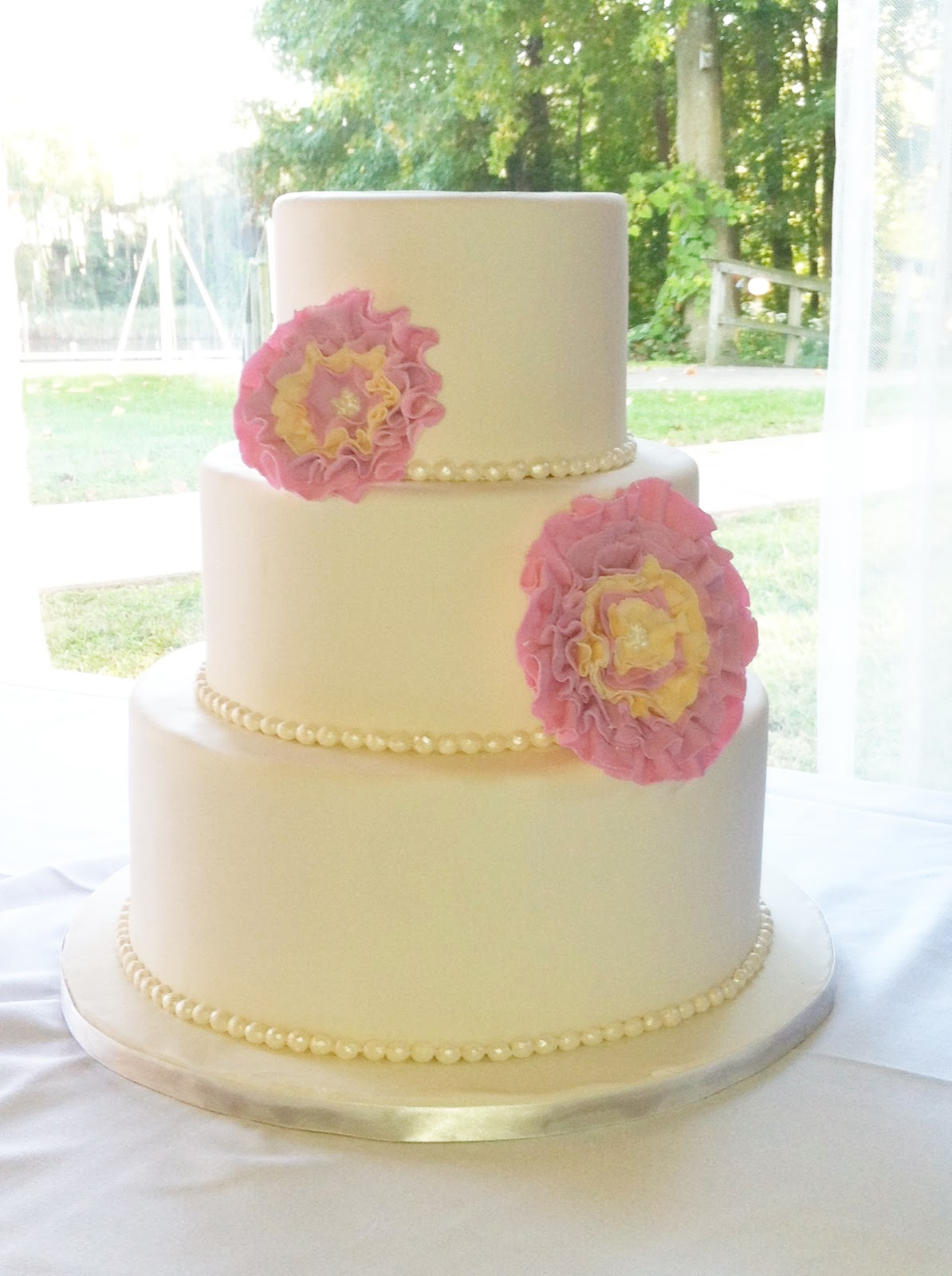 Sweet Eats Cakes: Recent Wedding Cakes