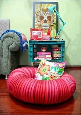 diy un pouf donut dans un pneu initiales gg. Black Bedroom Furniture Sets. Home Design Ideas