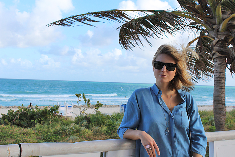 South Beach Miami, COS shirtdress, Ray-Ban Wayfarers, Saint Laurent Arty ring
