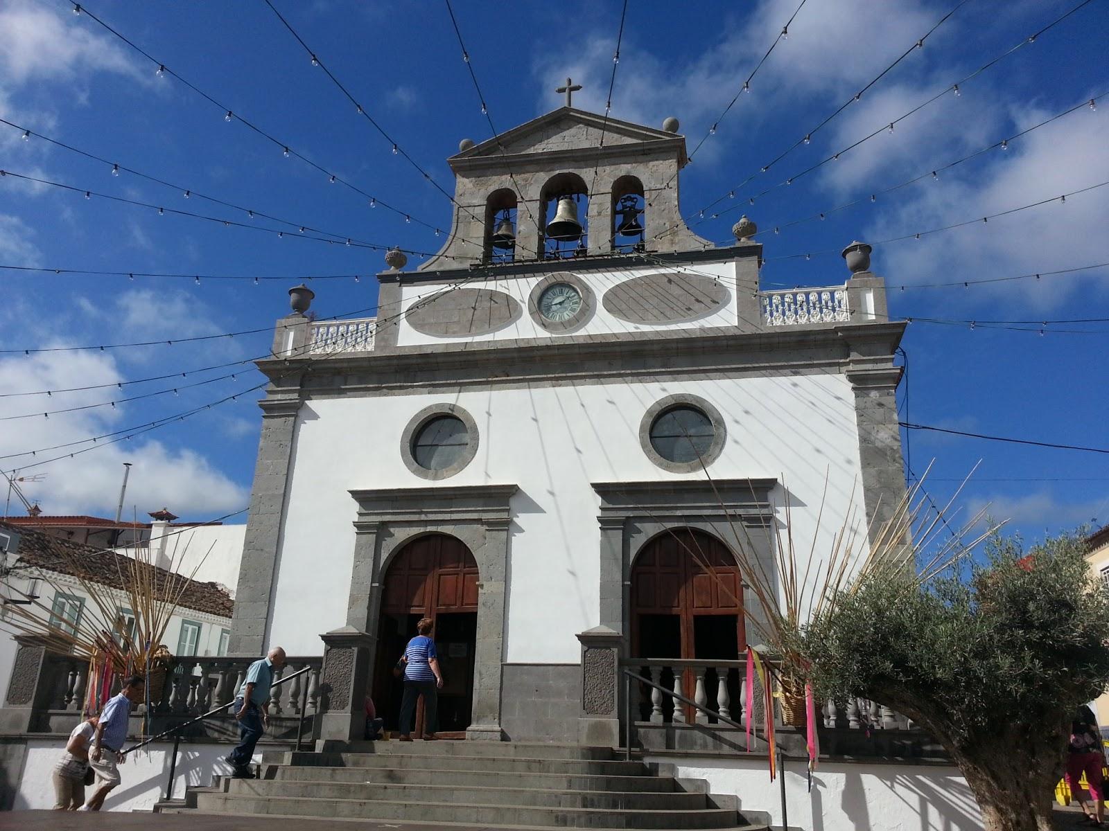 Iglesia de Vega de San Mateo