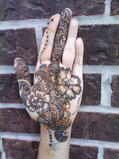 Latest Updates Hand Mehndi Designs October 2013