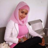 Foto Hot Jilboobs, Cewek Berjilbab Seksi Payudara Toket Gede - Anehunique.blogspot.com