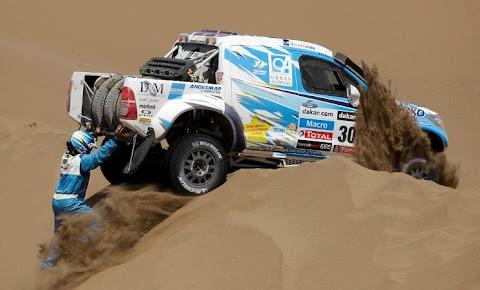 Mobil Dakar 2013