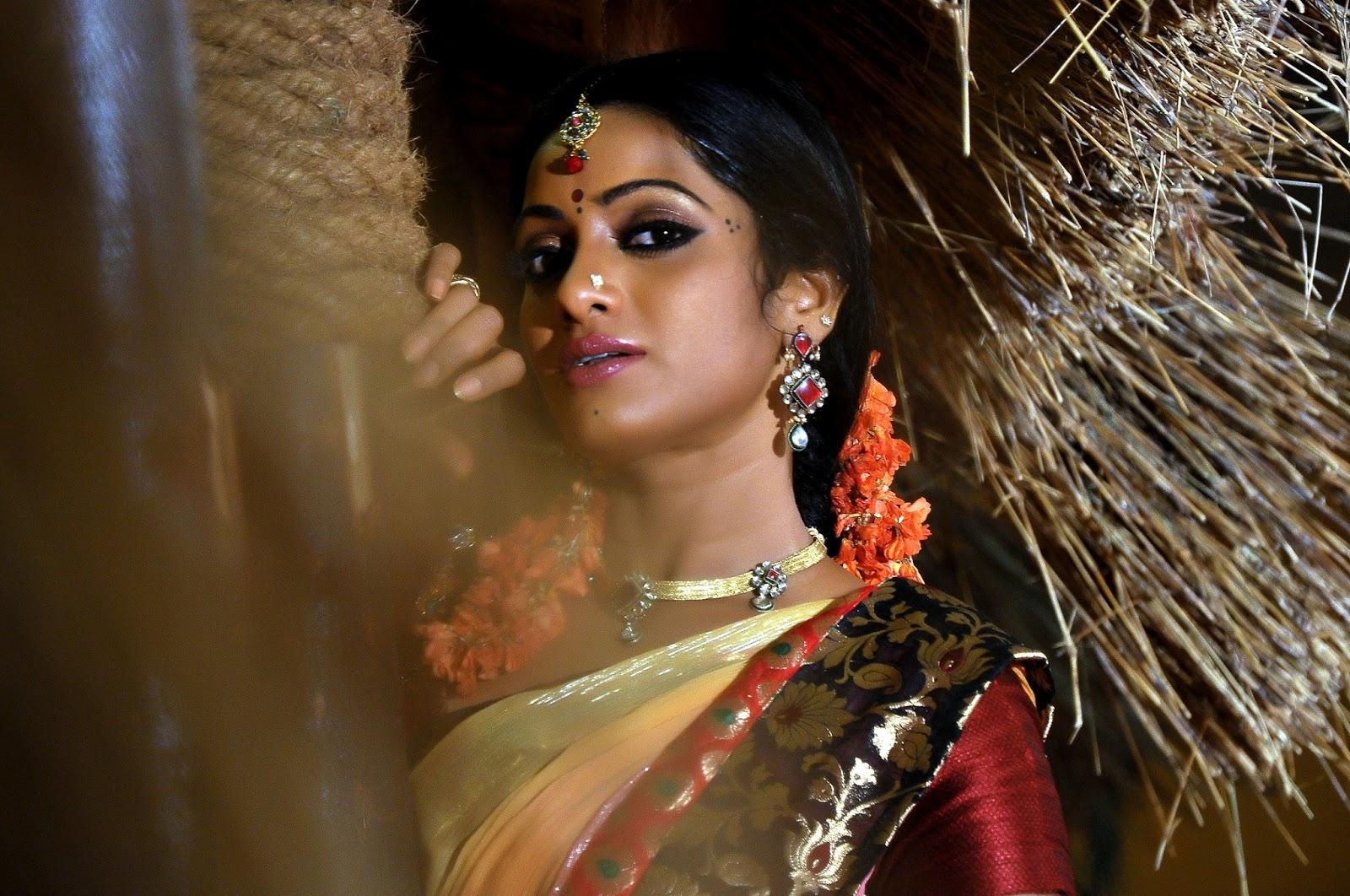 Latest Telugu Movie Udaya Bhanu Madhumathu Photos ~ new ...