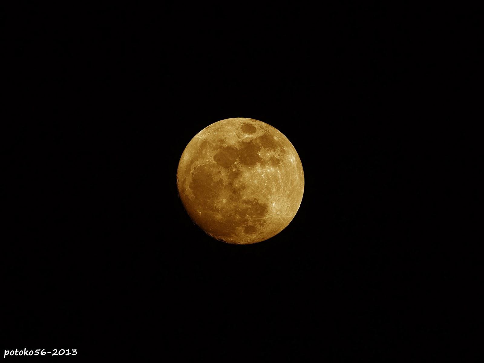 Luna llena sobre Rota