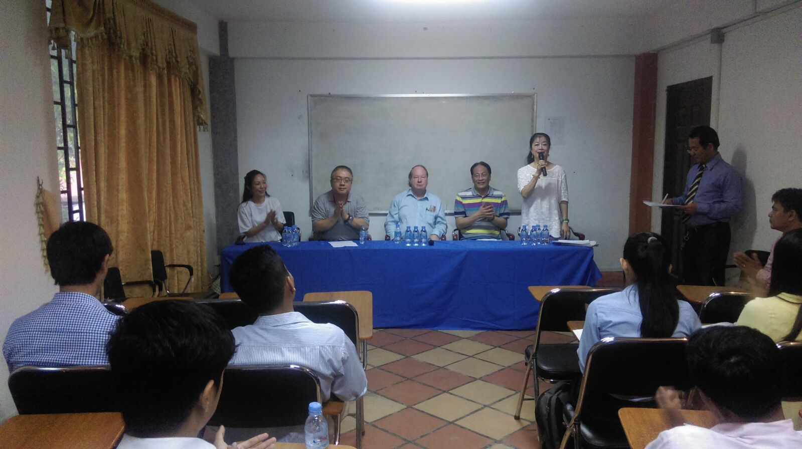 16/06/2016 Professors sharing in Cambodia campus.