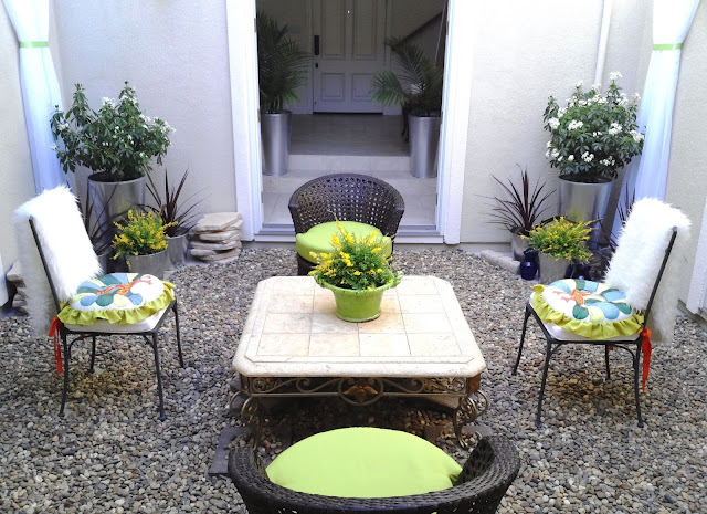 blog.oanasinga.com-interior-design-photos-decorating-our-own-house-the-courtyard-work-in-progress-1
