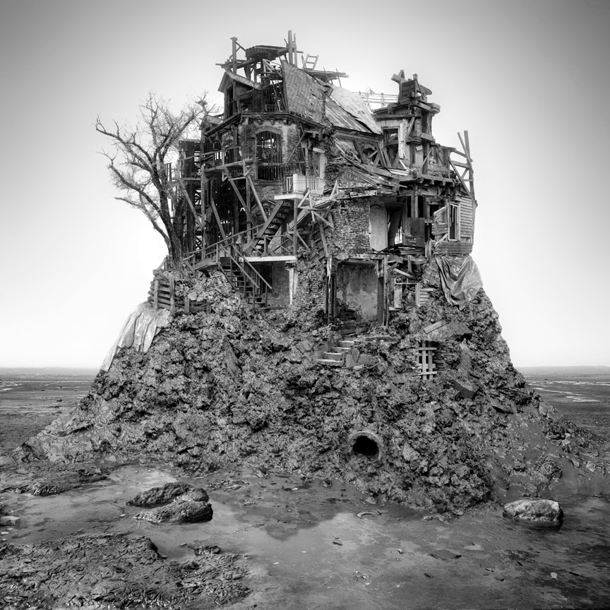 14-Untitled-Low-Tide-Jim-Kazanjia-Surreal-Architectural-Photo-Collages-www-designstack-co