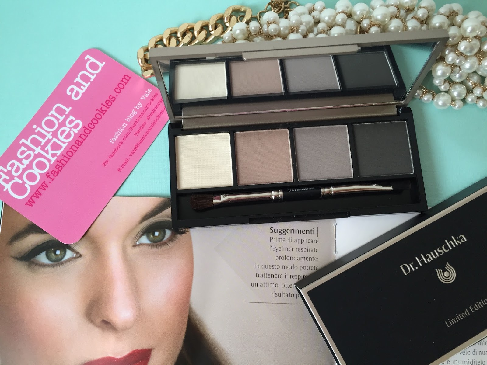 Dr. Hauschka Limited Edition palette Sguardi Preziosi on Fashion and Cookies fashion and beauty blog, fashion blogger style